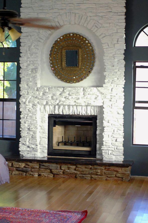 pingl par yannick marsolais sur mur pierre faux stone fireplaces painted stone fireplace et. Black Bedroom Furniture Sets. Home Design Ideas