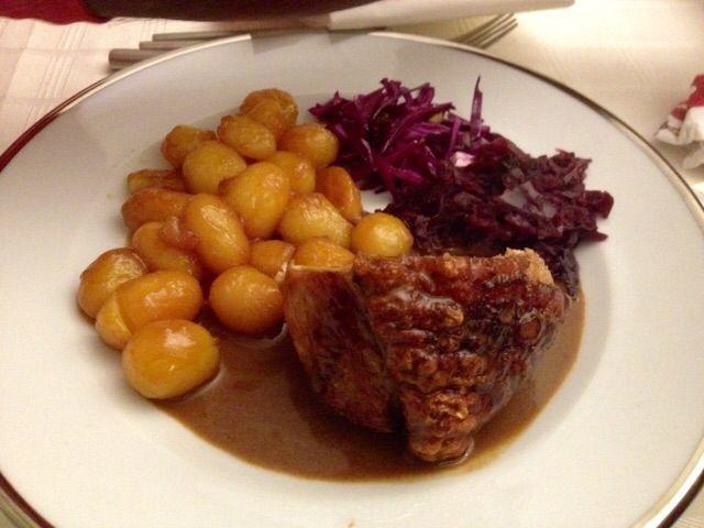 Image result for flaeskesteg med brunede kartofler #brunedekartofler Image result for flaeskesteg med brunede kartofler #brunedekartofler