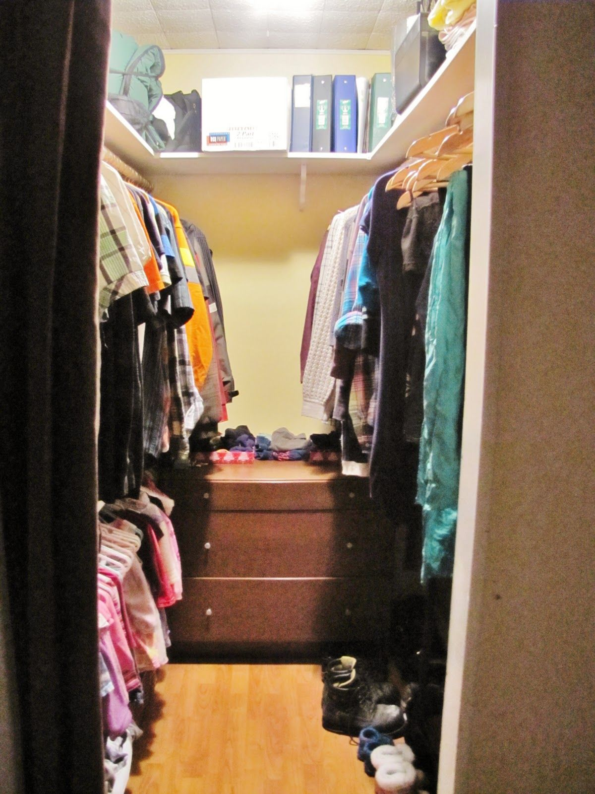 small walk in closet ideas could be so useful to a limited number of houses of - Small Walk In Closet Design Ideas