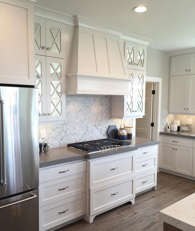 Kitchen Cabinets With Glass Uppers: Quartz Perimeter And Island Countertop Ideas. The