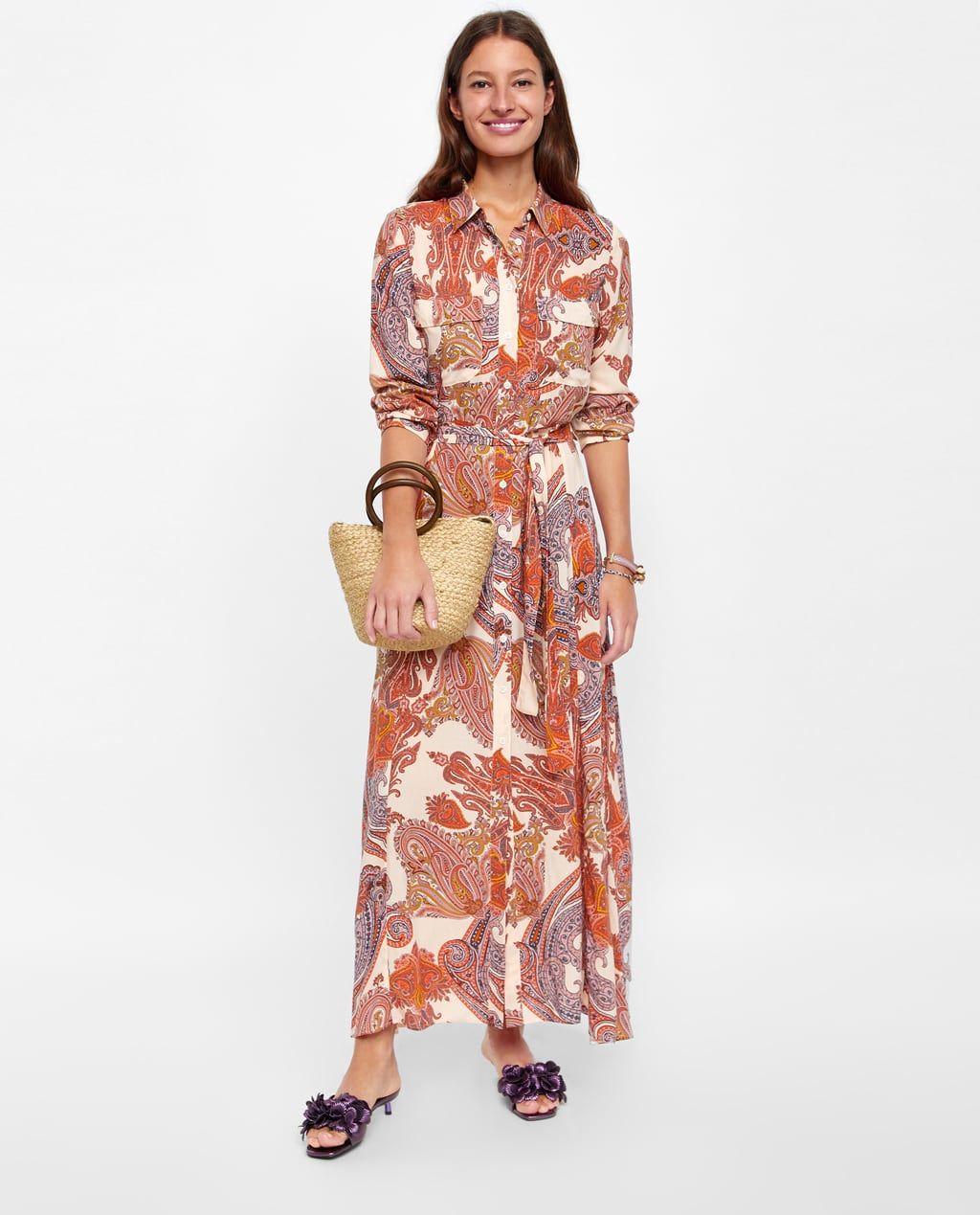 imagem 1 de vestido com estampado de paisley da zara