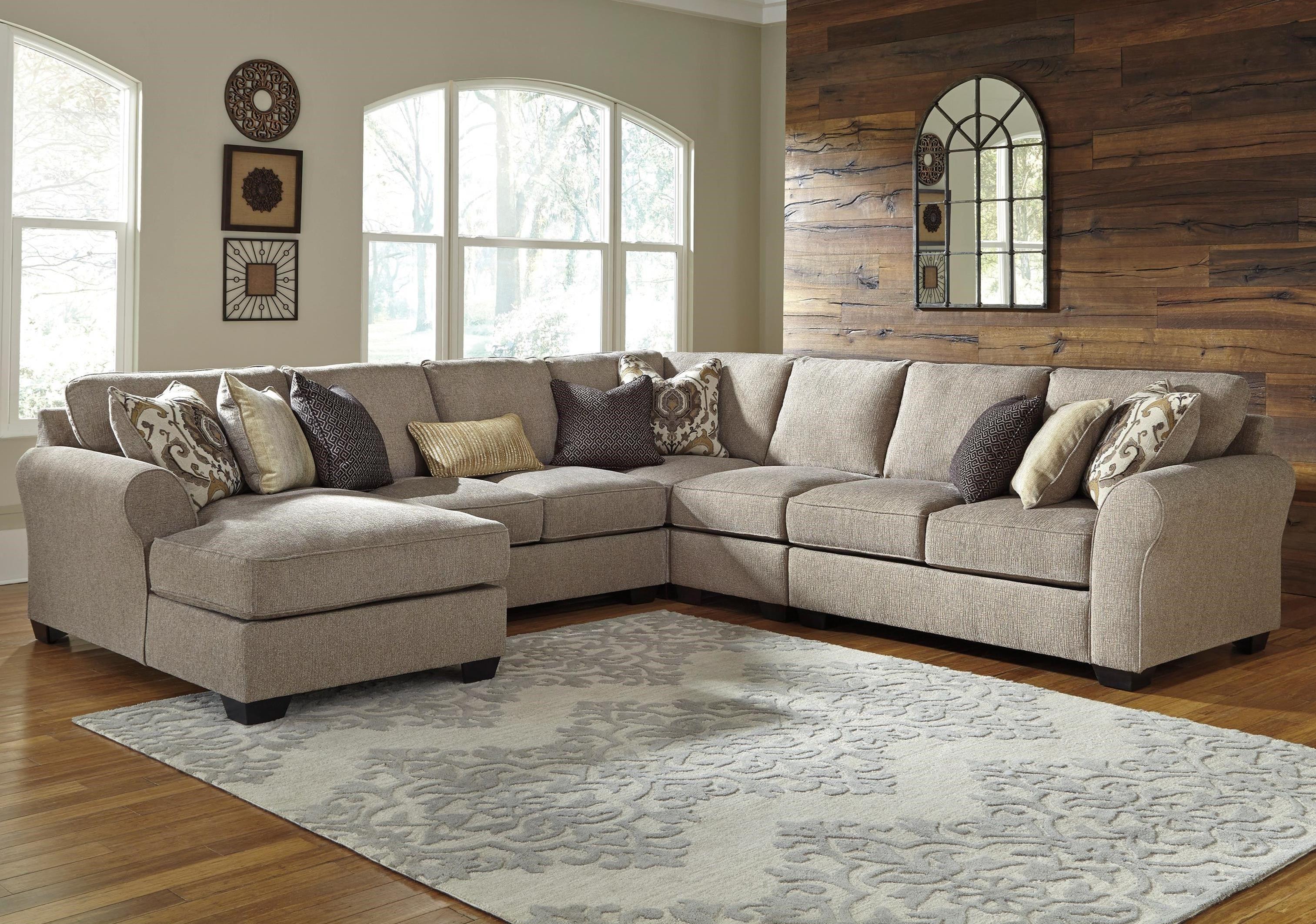 Pantomine 5Piece Sectional with Left Chaise by Benchcraft at