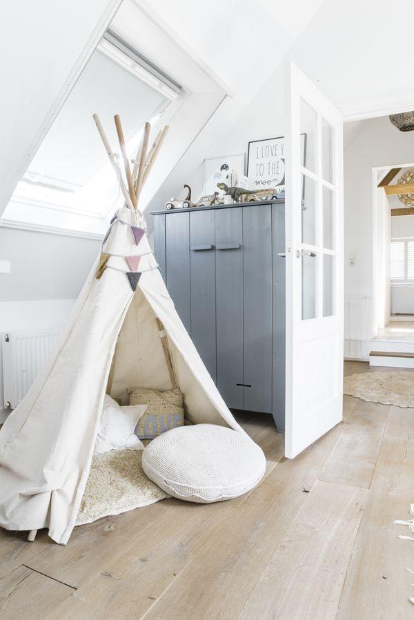 tepee in kids room | Tente, yourte, roulotte | Kinderzimmer, Kinder ...