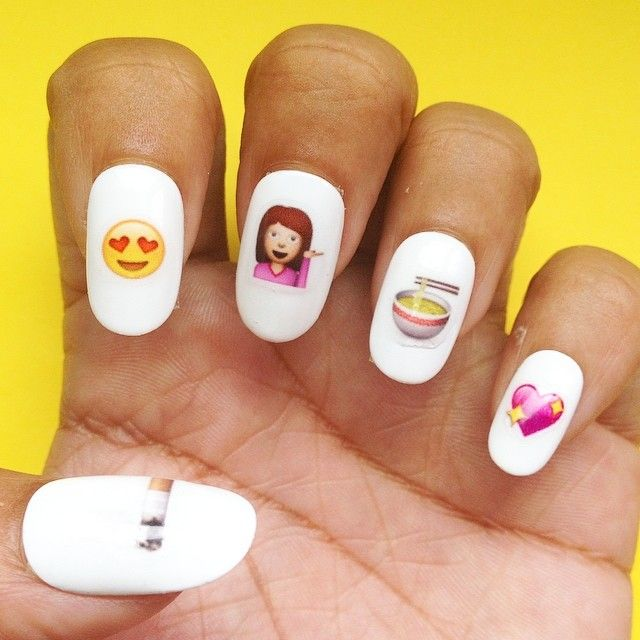 Wear Your Emotions on Your Hands With Emoji Nail Art | Decoración de ...