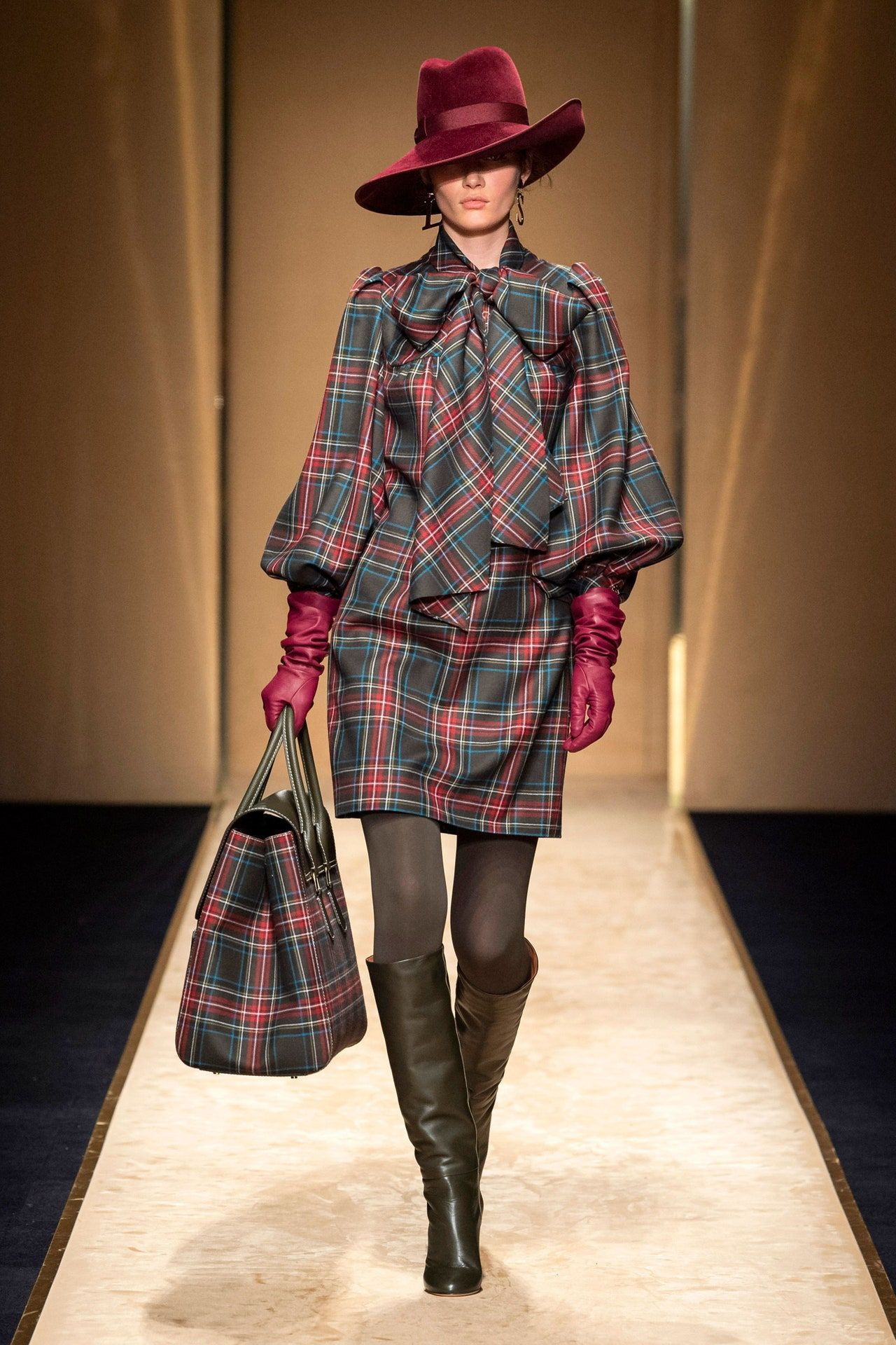 Luisa Spagnoli Ready-To-Wear Fall-Winter 2020-2021 - Fashion Show | Vogue Paris -  Luisa Spagnoli Herbst / Winter 2020-2021 Ready-to-Wear – Fashion Shows | Vogue Germany Luisa Spag - #90sRunwayFashion #FallWinter #Fashion #Luisa #Paris #ReadytoWear #RunwayFashion2020 #RunwayFashionaesthetic #RunwayFashionchanel #RunwayFashioncrazy #RunwayFashiondior #RunwayFashiondresses #RunwayFashionvogue #RunwayFashionwomen #Show #Spagnoli #Vogue