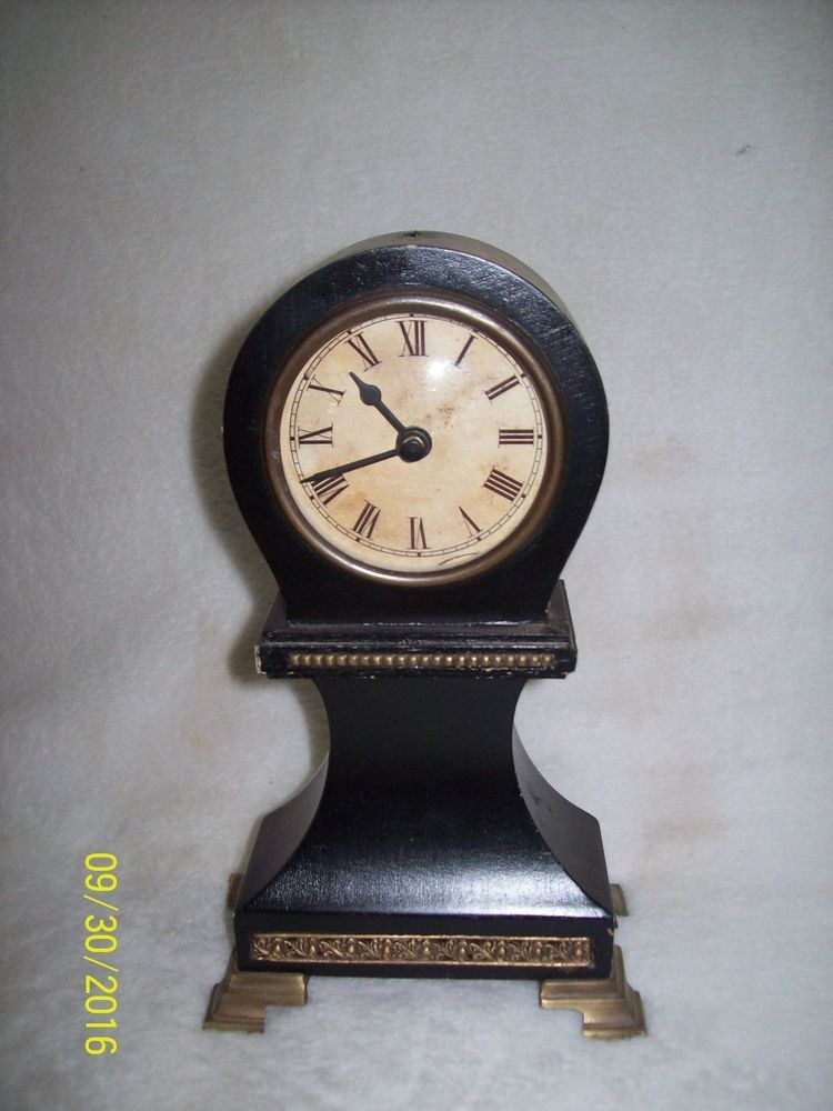 Dark Wood Mantle Clock, Made in India, Battery-Operated - $18