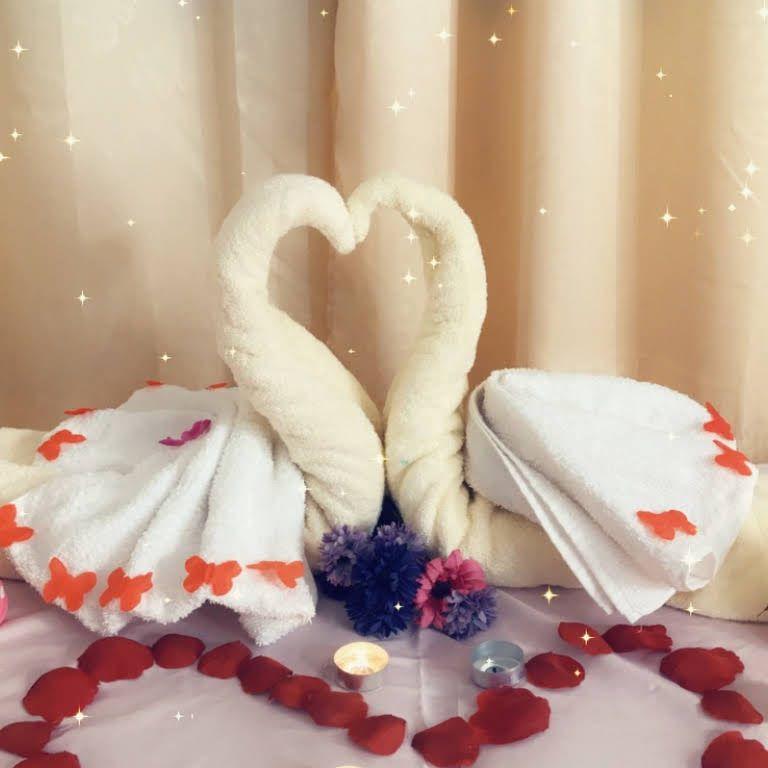 مشغل قصر الما Elma Palace Beauty Salon للتزيين النسائي 4th Of July Wreath Decor Home Decor