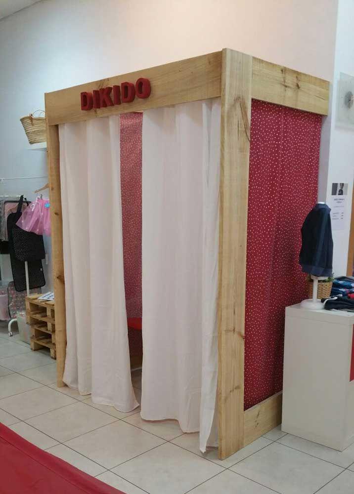 Muebles hechos con palets a medida para tiendas apardores for Probadores de ropa interior