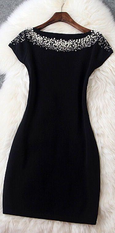 dc998782ae28 Sexy black dresses for Christmas | Outfit inspiration | Dresses ...