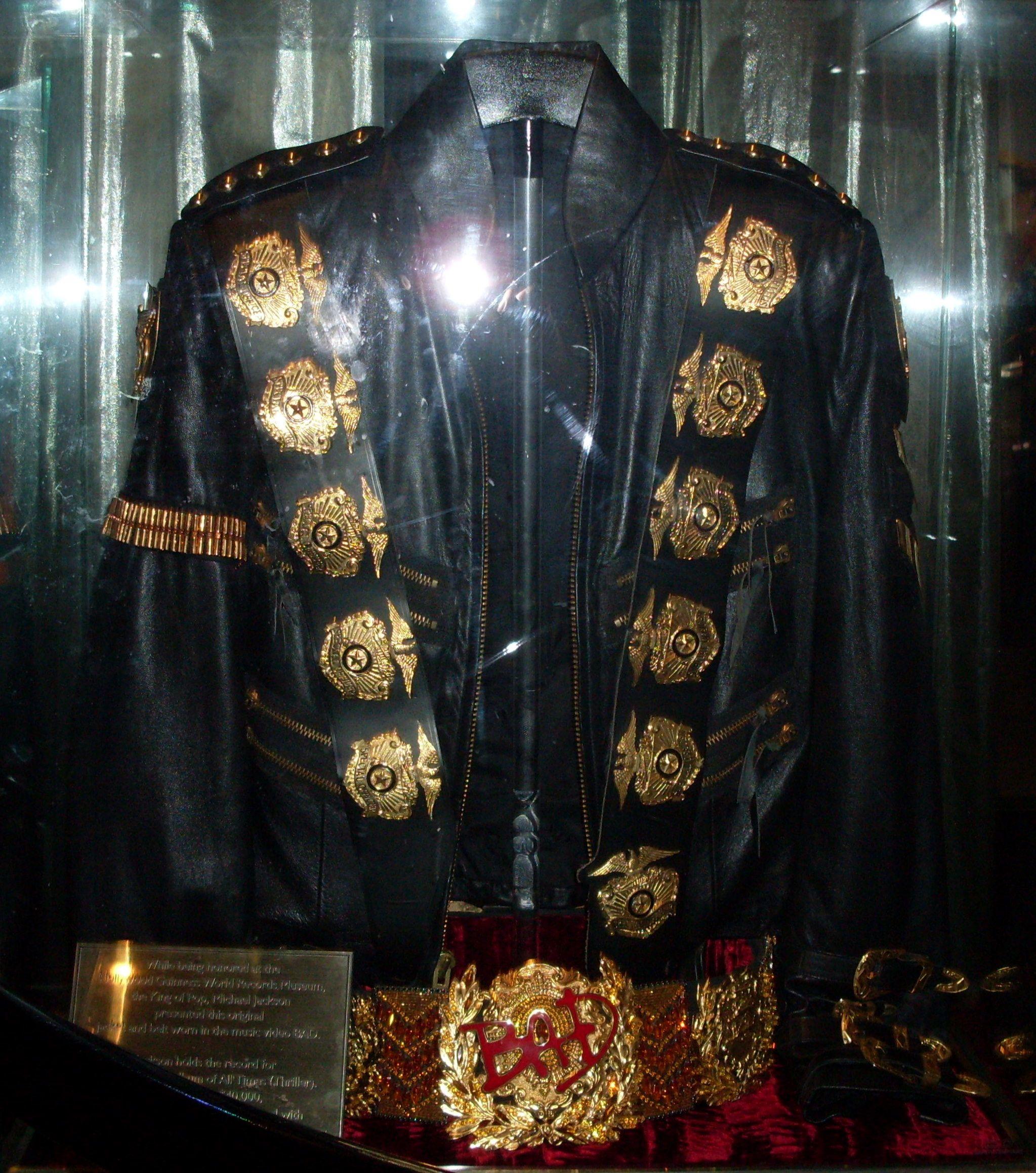 Vestuario de Michael Jackson.