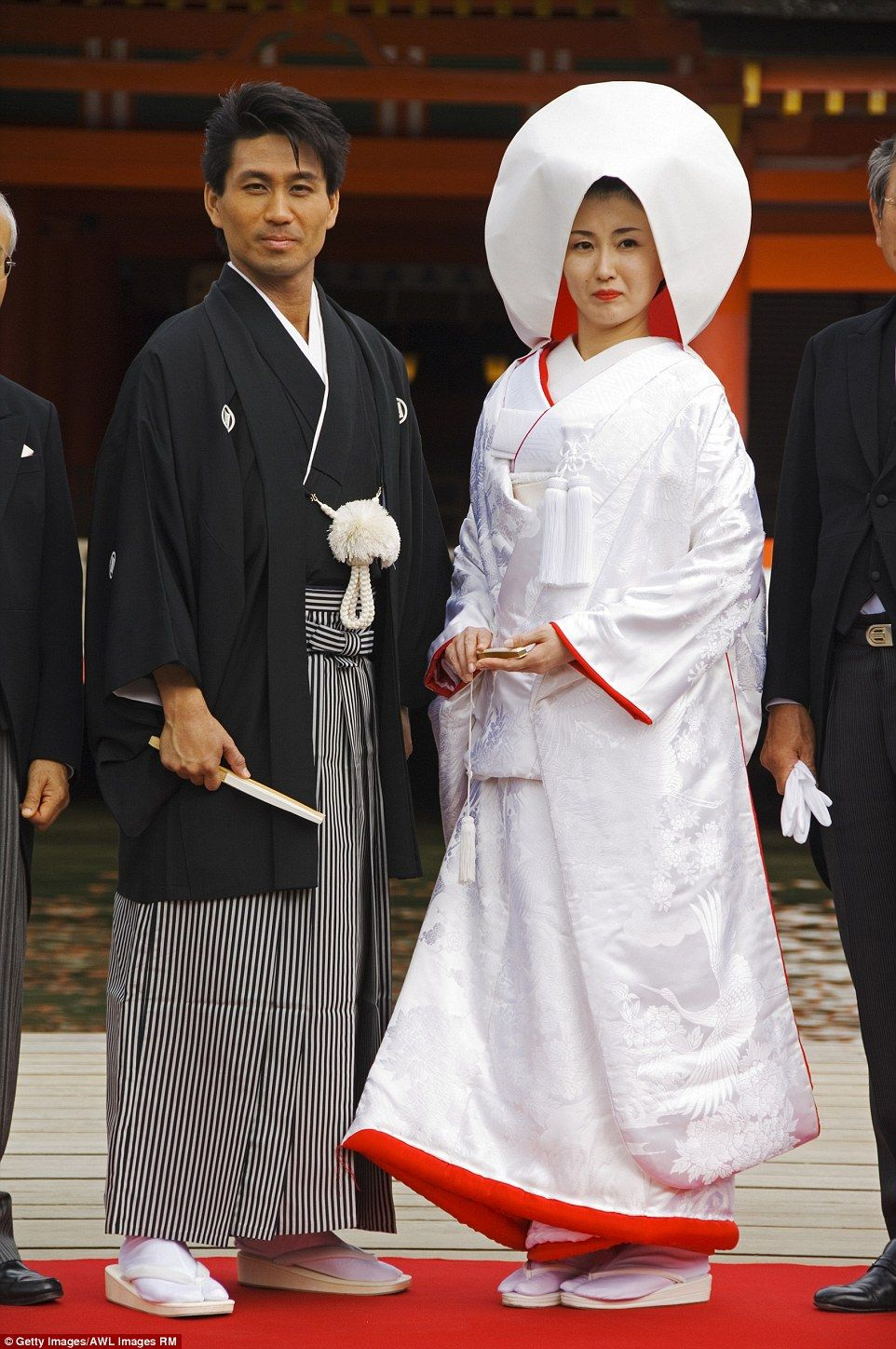 Japanese Wedding Kimono.Beautiful Pictures Show How Traditional Weddings Look Around The