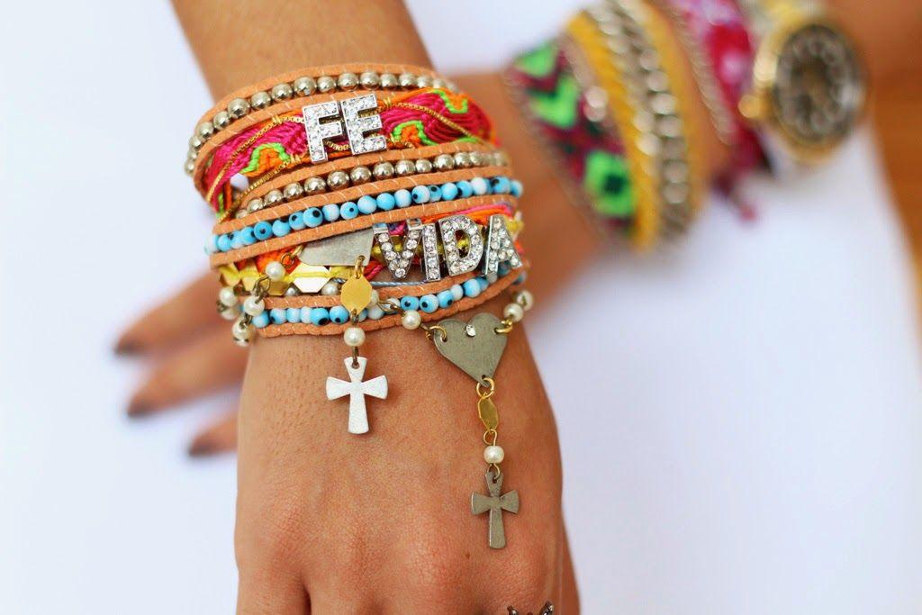38e8846ca84 Mix de pulseiras  usar na praia