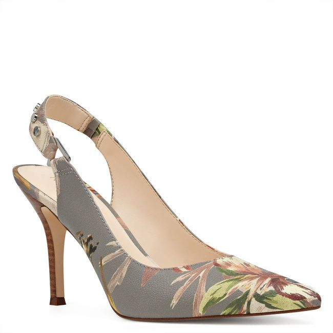 d575f61ee8 Zapatos para invitada. ¡Una selección de lo más TOP con diseños y colores  espectaculares! Image  28