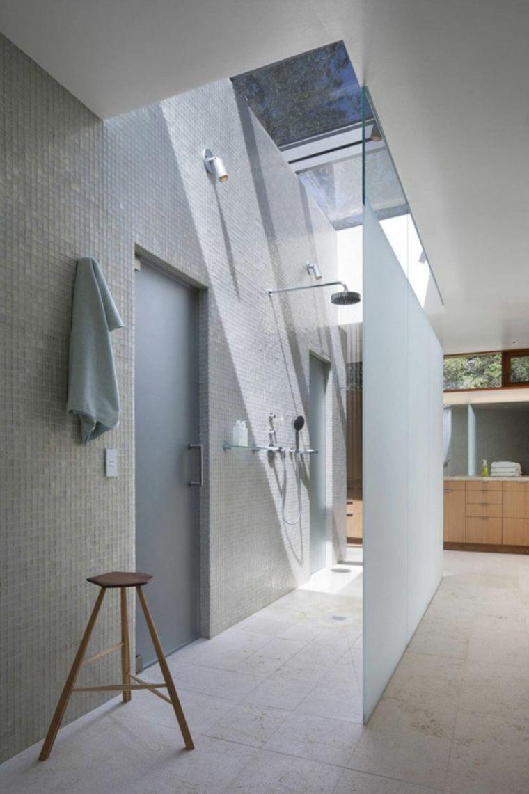 Italienische Dusche Mit Modernem Wasserhahn In 99 Bildern Badezimmer Ideen 2019 Badezimmer Badezimmerideen Und Italienisches Badezimmer