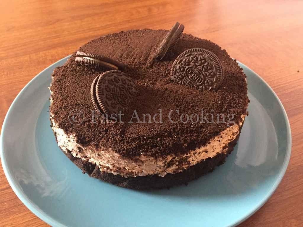 """Torta Oreo """"Dream Pie"""", una cheesecake con i biscotti Oreo"""
