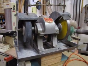 Lapidary Grinder - Homemade lapidary grinder constructed
