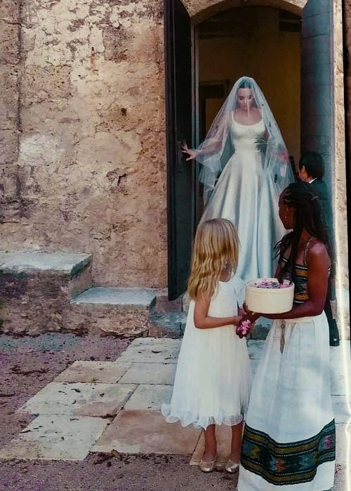 Angelina Jolie Wedding Angelina Jolie Wedding Brad Pitt And Angelina Jolie Celebrities