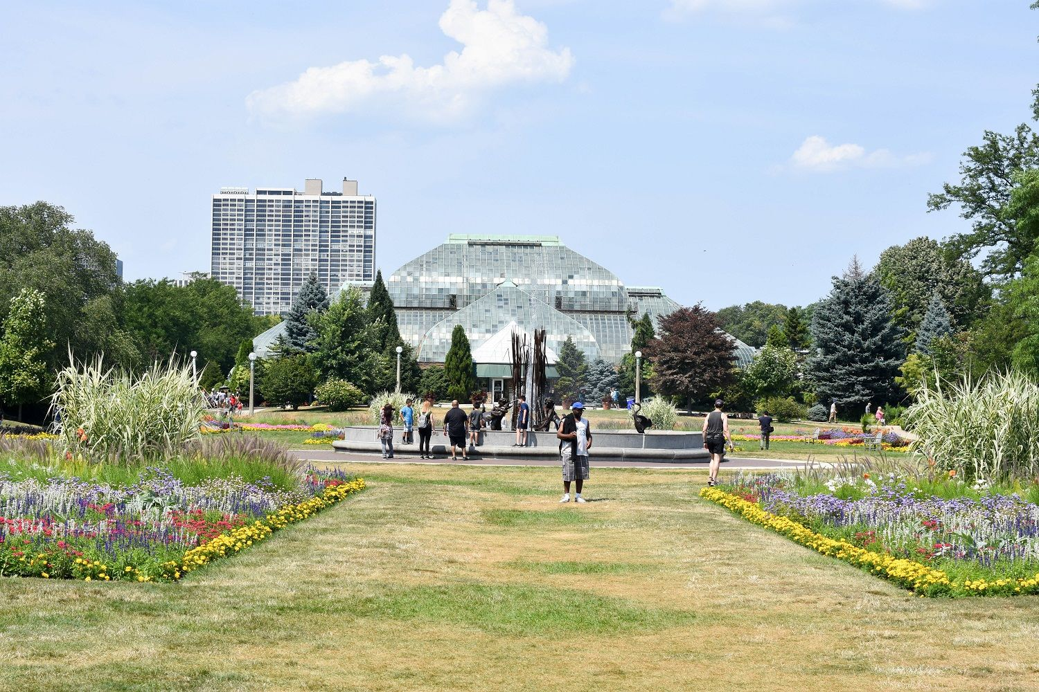A summer day at lincoln park zoo and conservatory