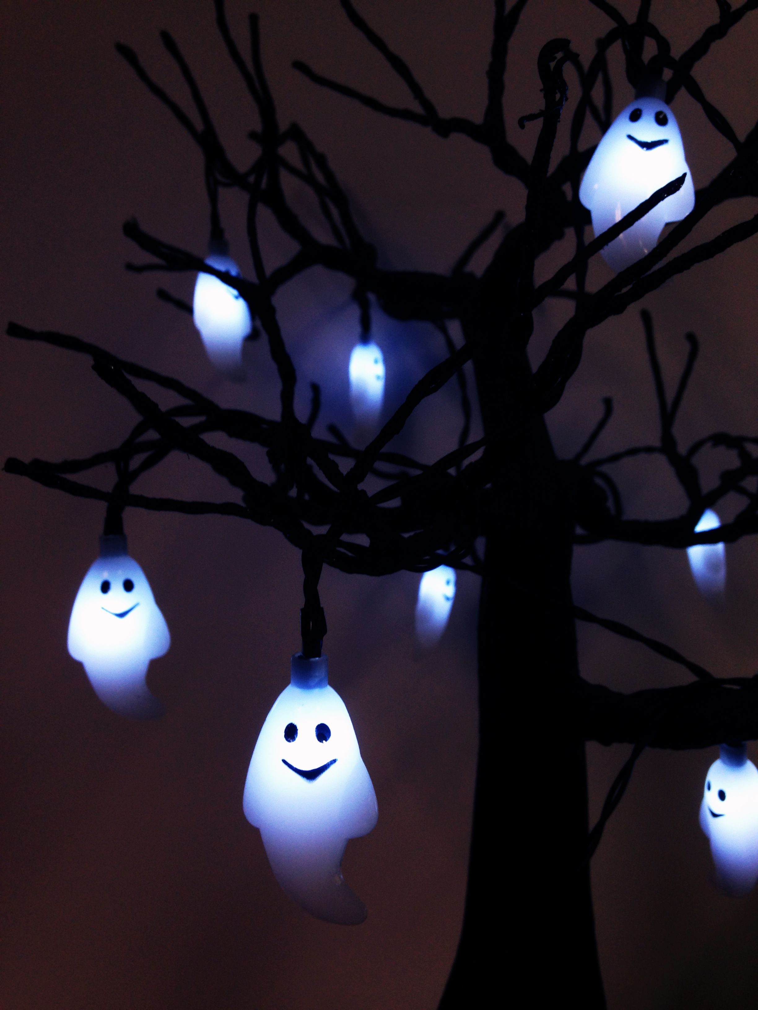 76\ - Ghost Halloween Decorations