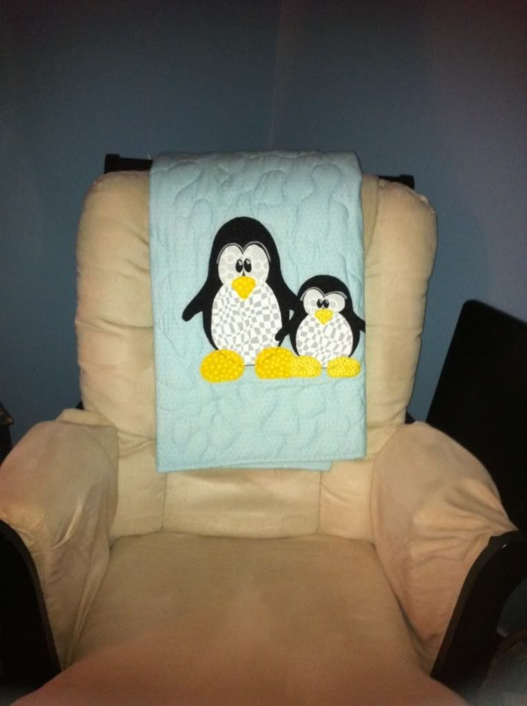 penguin baby shower  MOOOOOOMMMMM!!!!!!!!!!!!!