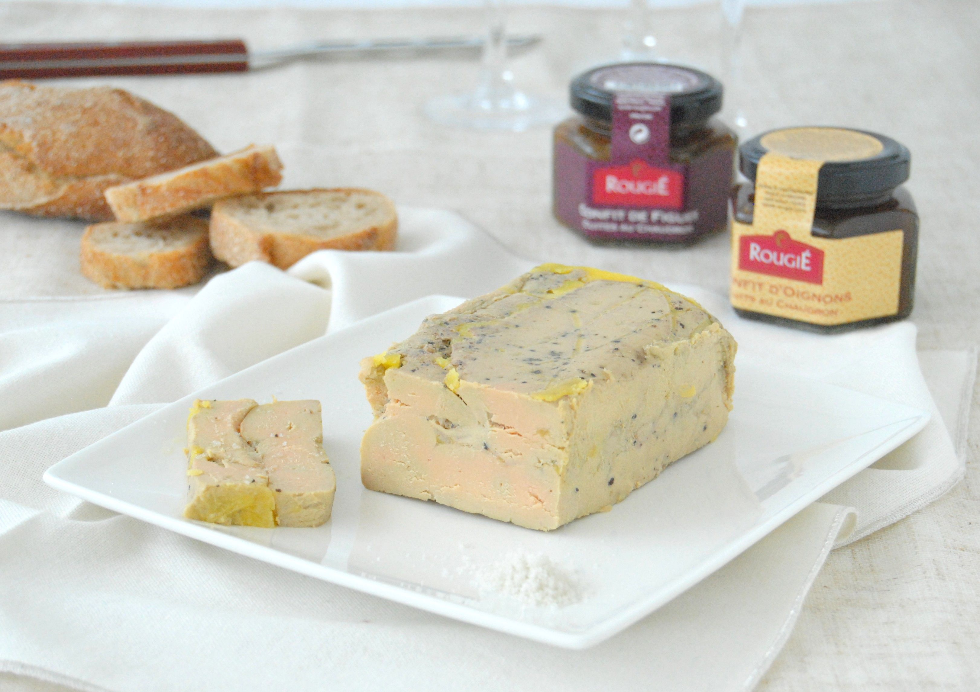Terrine de Foie Gras maison facile | Recette | Terrine de foie gras, Recette de terrine ...