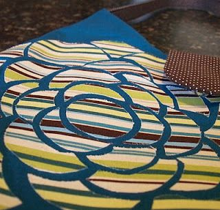Krista Sew Inspired: Flower Purse and Two Free Patterns!