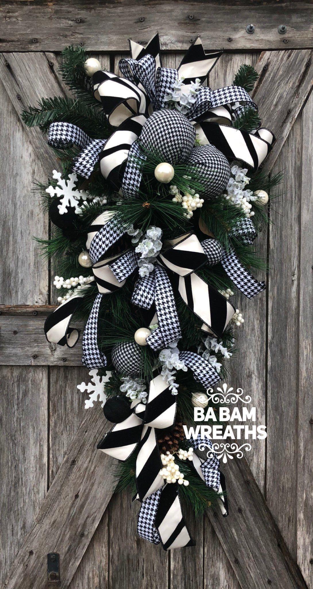 Ba Bam Wreaths Black White Christmas Decor Classic Christmas Christmas Swag Christmas Wreath Chr Christmas Wreaths Christmas Door Hangings Christmas Swags