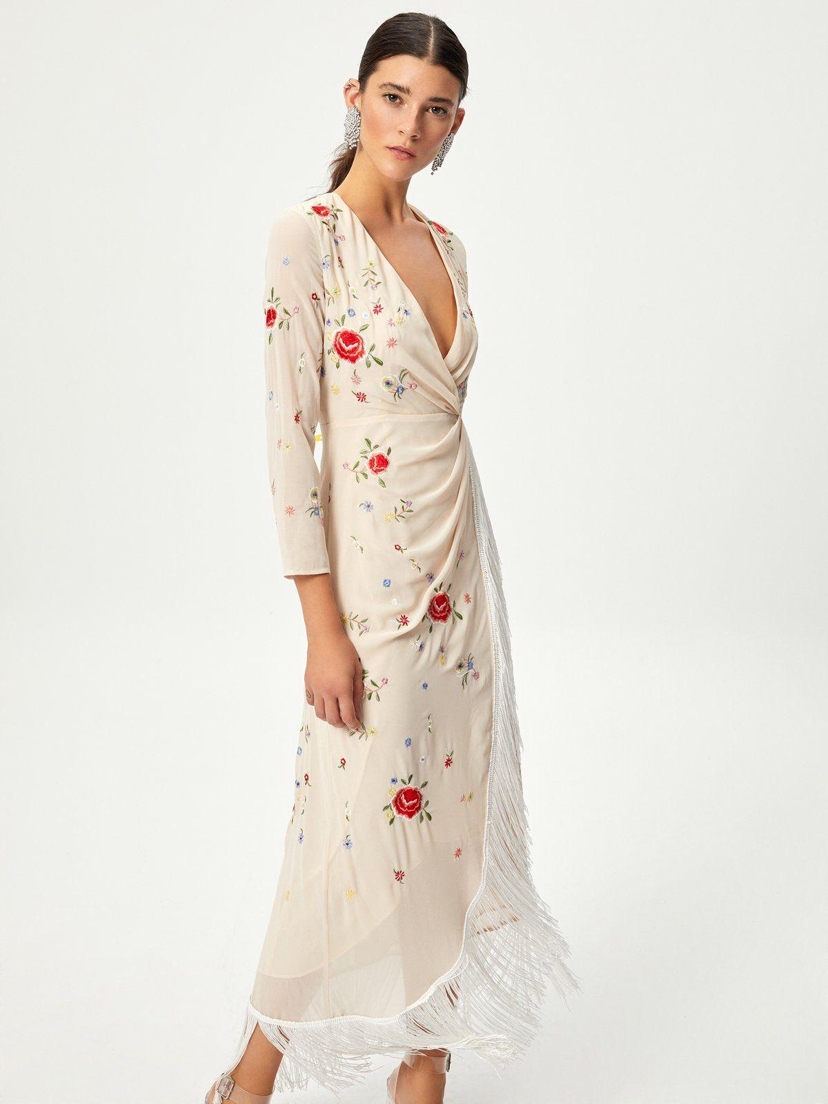 d059fe7360 CAMELIA - Vestido bordado mantón de manila en mioh.eu