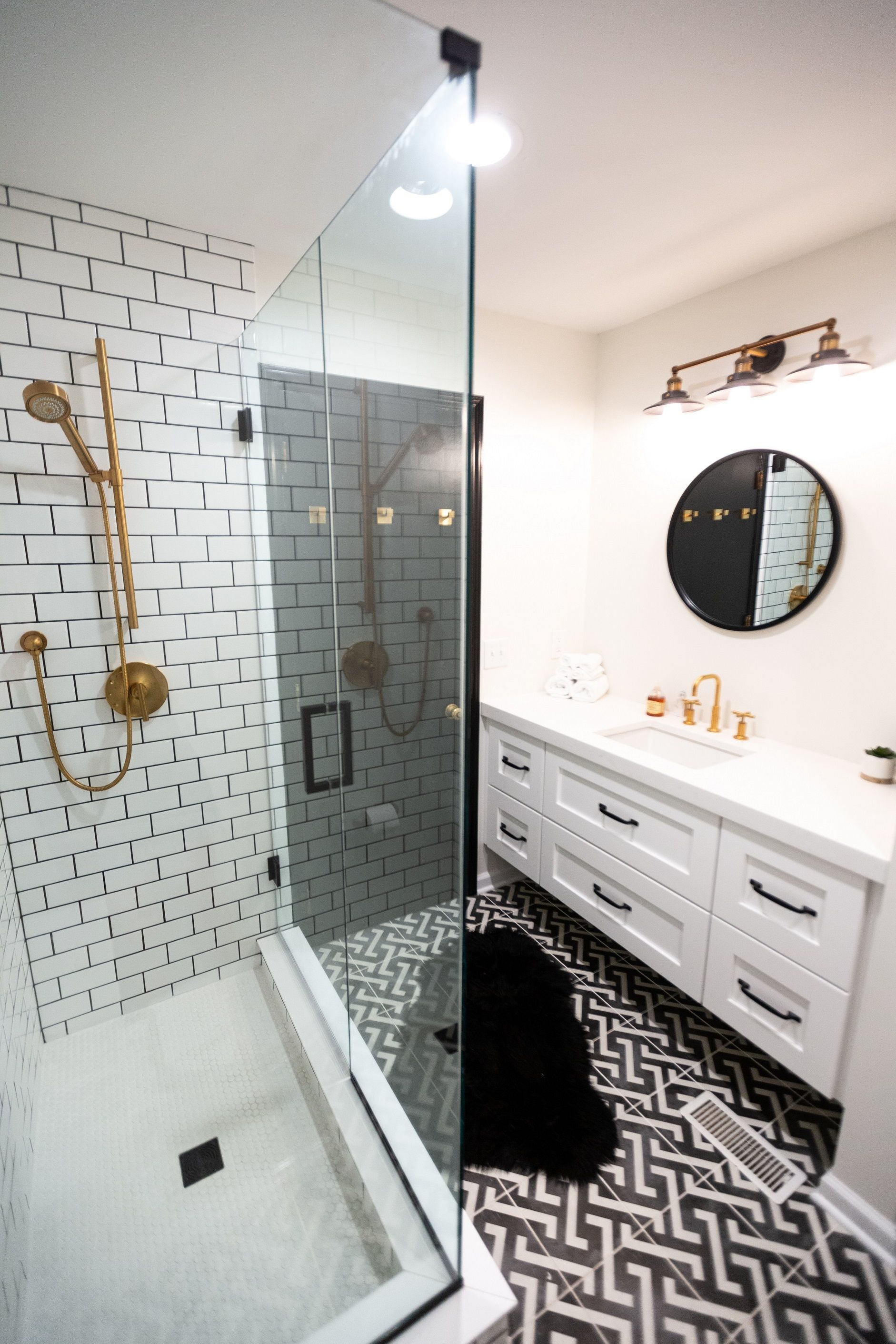 Higgins Bathroom Remodel Indianapolis With Images Bathrooms