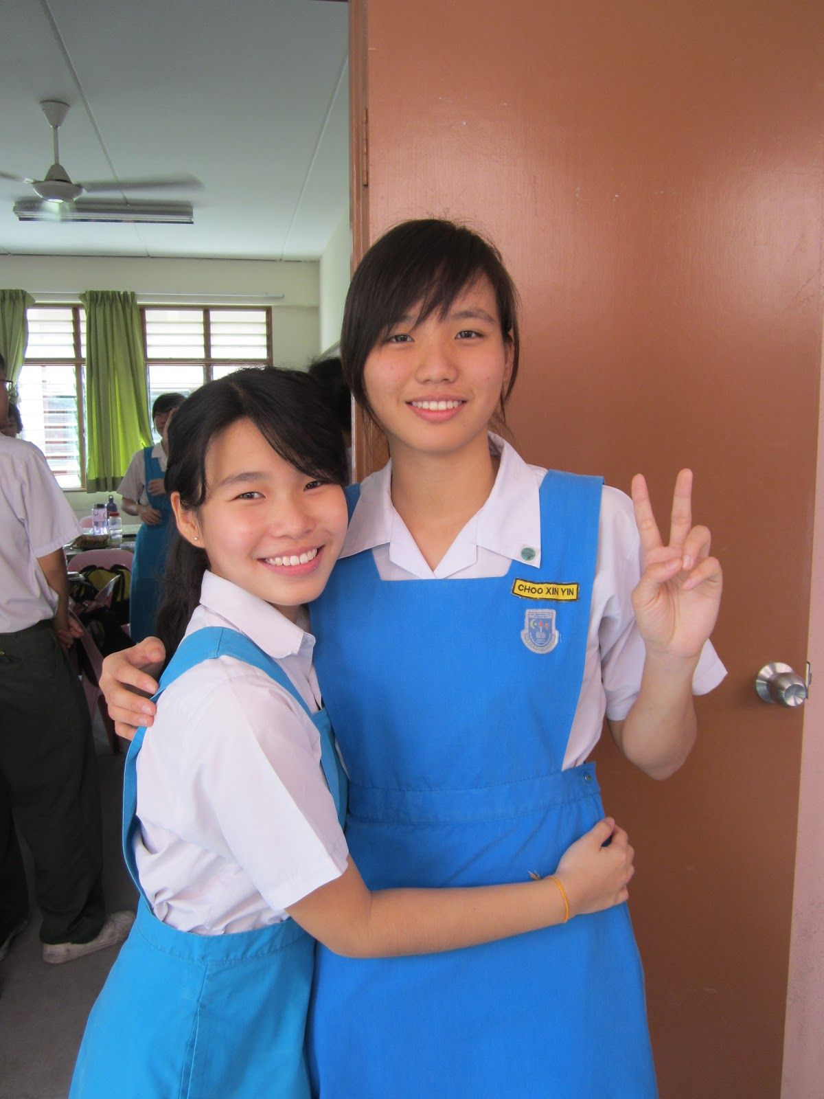 malaysian-school-girl-photos-young-virgen-pics