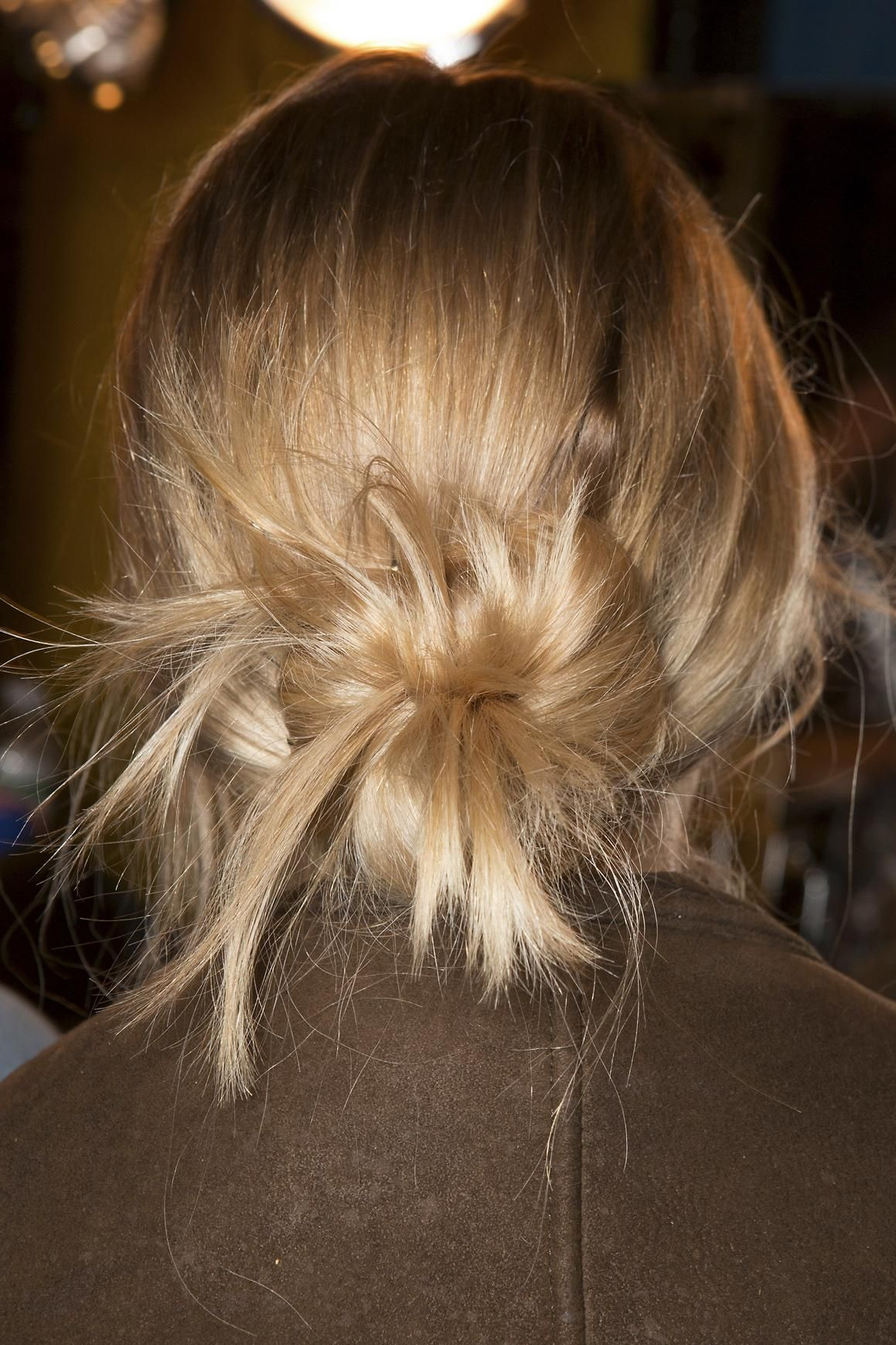easy sopretty updos to try this wedding season low messy buns