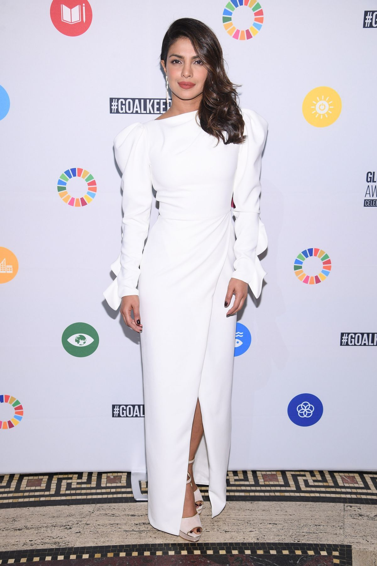 Paparazzi Roter Teppich Paparazzi Priyanka Chopra à Goalkeepers The Global Goals Awards