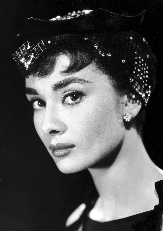 Audrey Hepburn Monochrome Photographic Print 30 (A4 Size - 210mm x ...