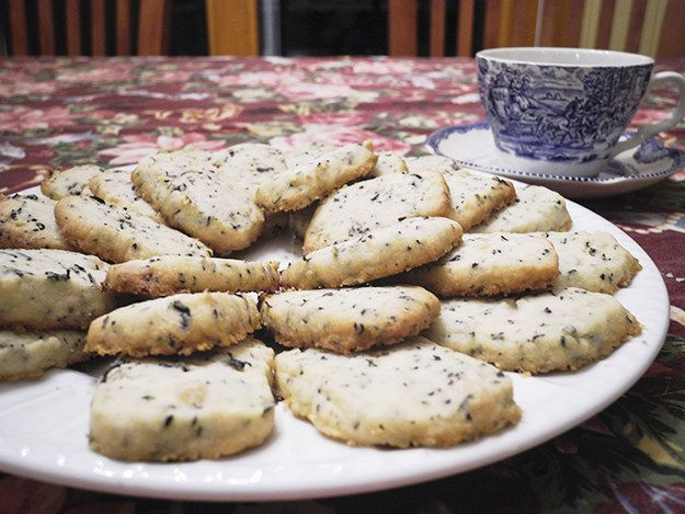 Earl Grey Shortbread Cookies - http://fandm.spoonuniversity.com/2015/01/12/earl-grey-shortbread-cookies/?utm_source=buzzfeed&utm_medium=referral&utm_content=post-name-headline&utm_campaign=content-partnerships