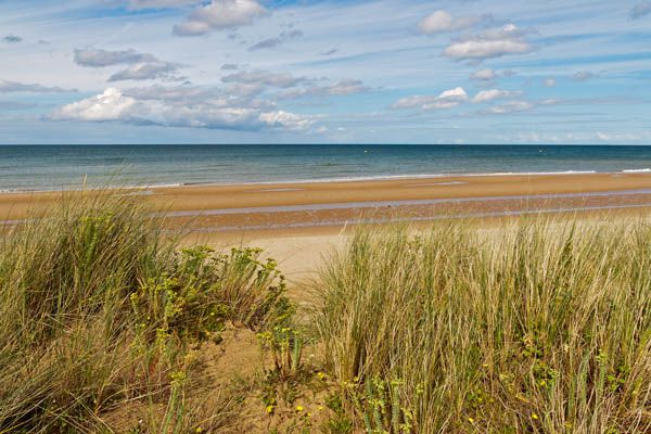 Normandy Beach Tours From Paris Visit Omaha And All The Major Sites Cemeteries Related To Your Country S History British