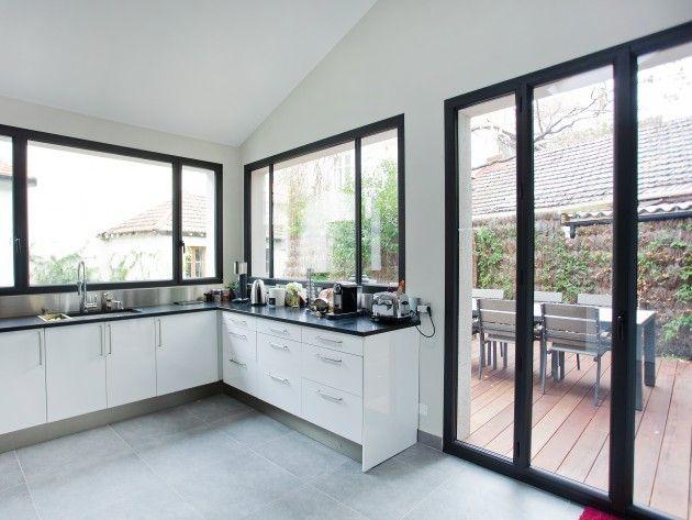 porte et fenêtre style verriere avec metal cuisine