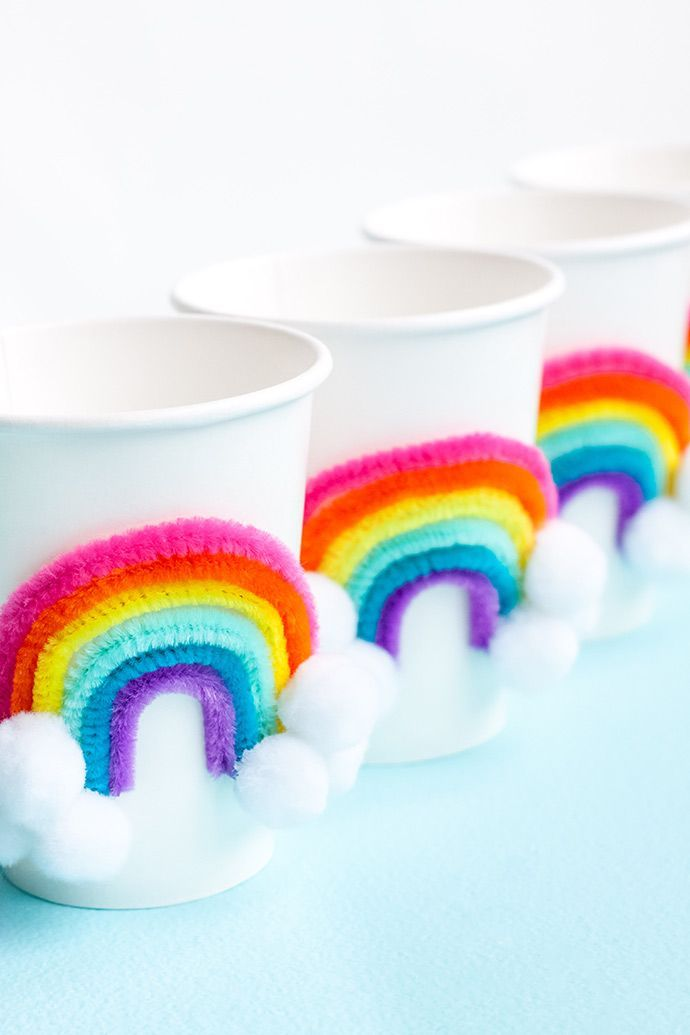 DIY Rainbow Party Cups - Rainbow themed birthday party, Rainbow theme party, Rainbow birthday party, Rainbow party decorations, Rainbow unicorn party, Rainbow unicorn birthday - Customize paper party cups with some fancy rainbows for St  Patrick's Day!