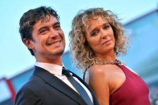 Valeria Golino e Riccardo Scamarcio al Festival del Cinema di Venezia 2015 (LaPresse)