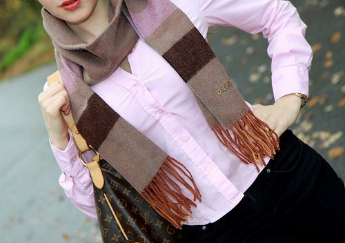 Merenhelmi blog. Scarf by Marja Kurki. #marjakurki #fashion #style #blogger