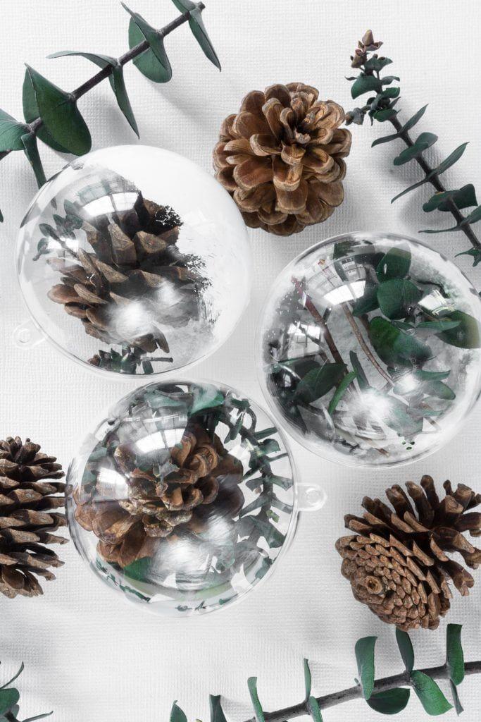 Simple Greenery-Themed Christmas Ornaments // Week of DIY ...