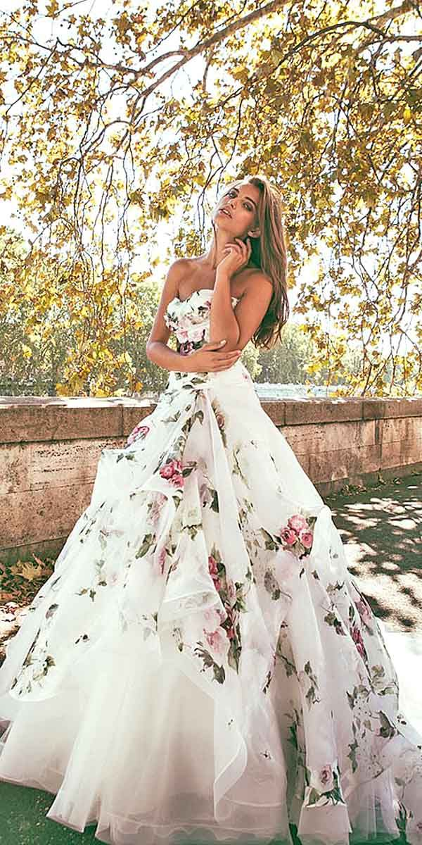 36 floral wedding dresses that are incredibly pretty for Floral dresses for weddings