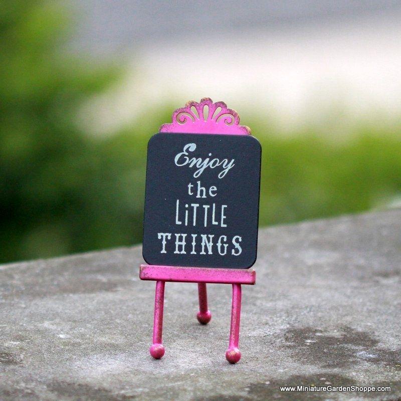 Miniature enjoy the little things easel miniature
