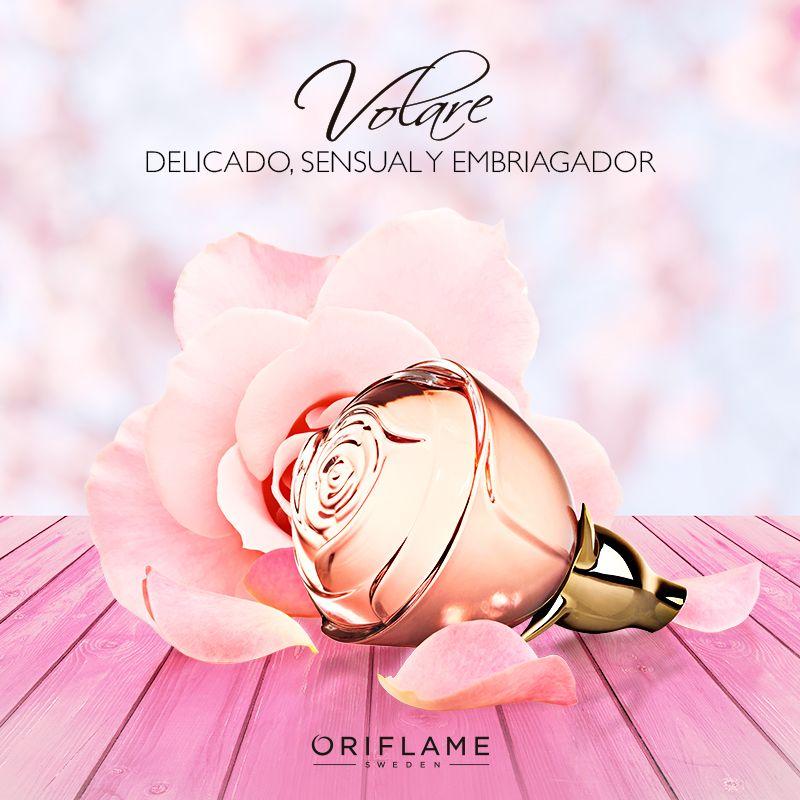 ¿Tienes una cita romántica? Fléchalo al instante con un dulce aroma de esencia de pétalos de rosa combinados con hojas de Violeta. ¡Es deliciosa! #Fragancia #Sensual #Dulce