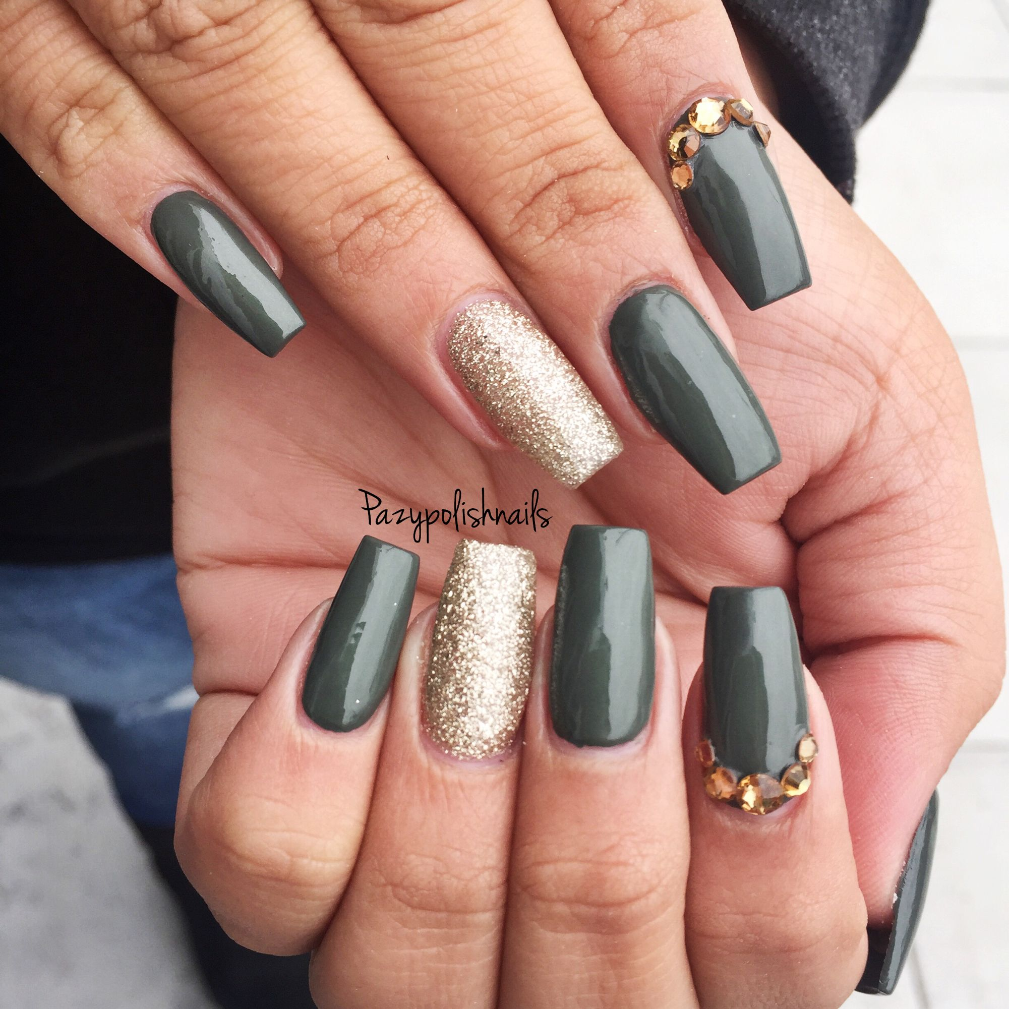 Army green nails