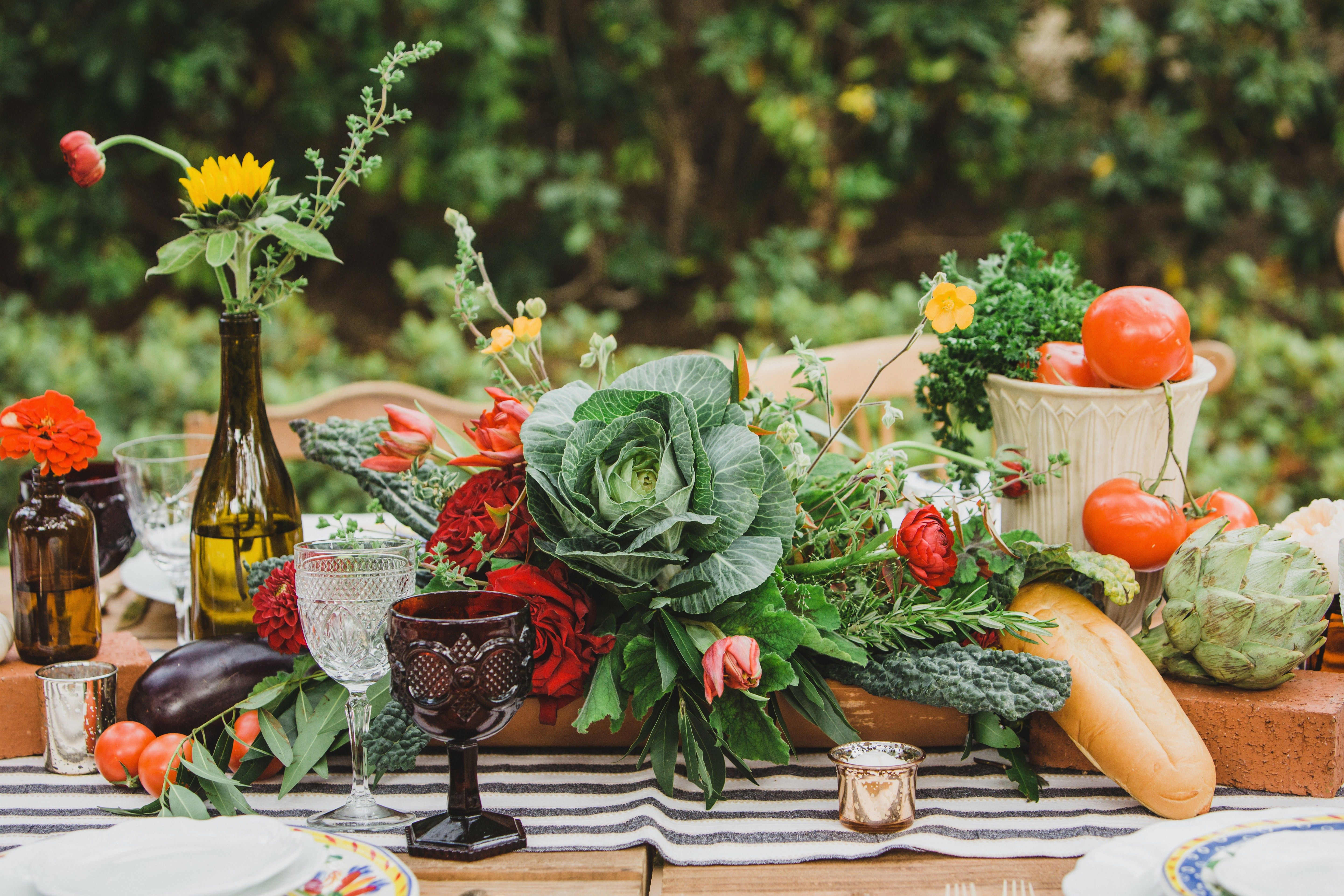 18 Ways To Bring The Farm To Your Wedding Table