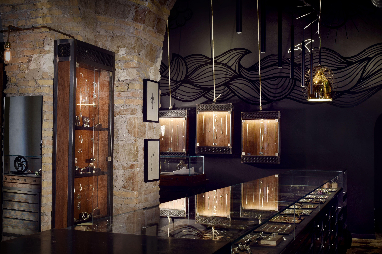 Store nove25 roma interior design by prop design milano for Store design milano