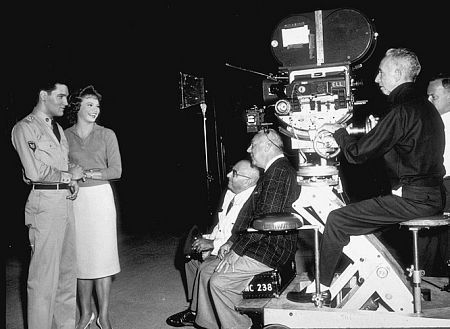 elvis presley and juliet prowse filming gi blues