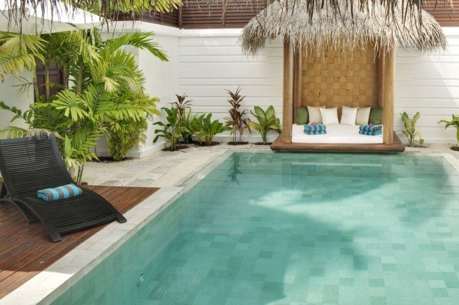 Great Interior Design to Enjoy the Earth Paradise in Velassaru: The White Sofabed Of Velassaru Resort