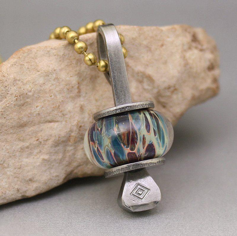 Boro Glass Lampwork Bead Horseshoe Nail Pendant Stainless