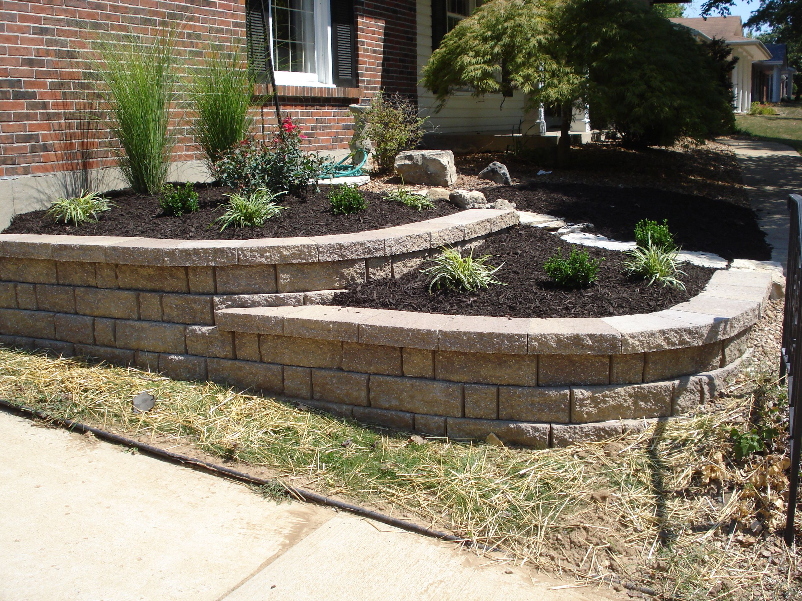 Front Yard Retaining Wall Chesterfield Missouri A
